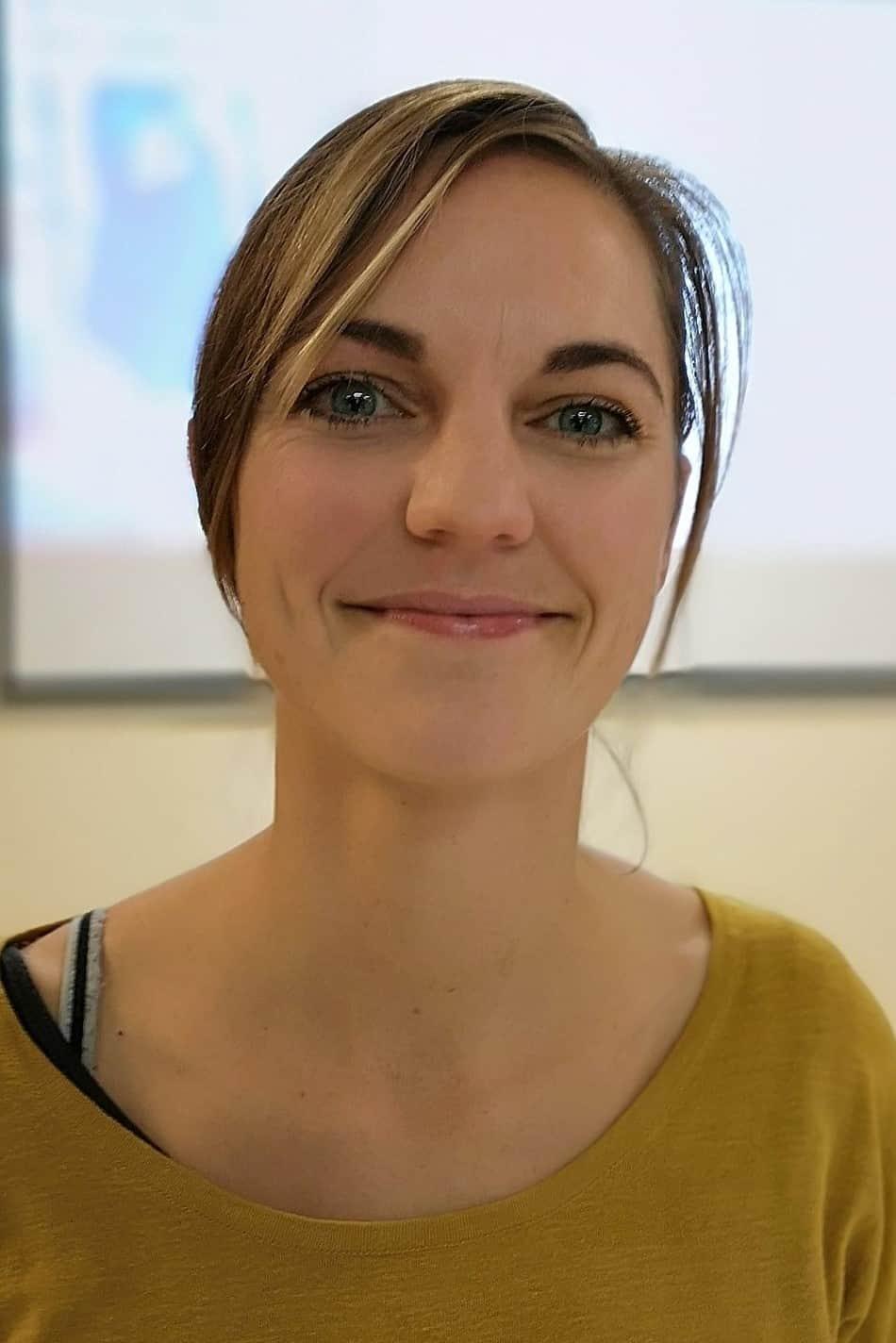 Dr Gita Van Doorn